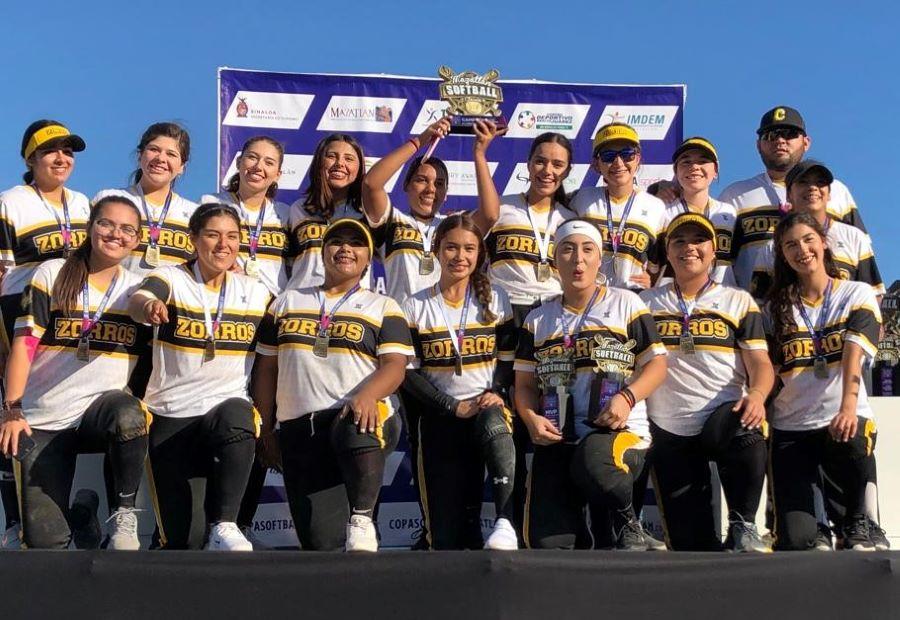 CETYS conquista la Copa Mazatlán de Softbol