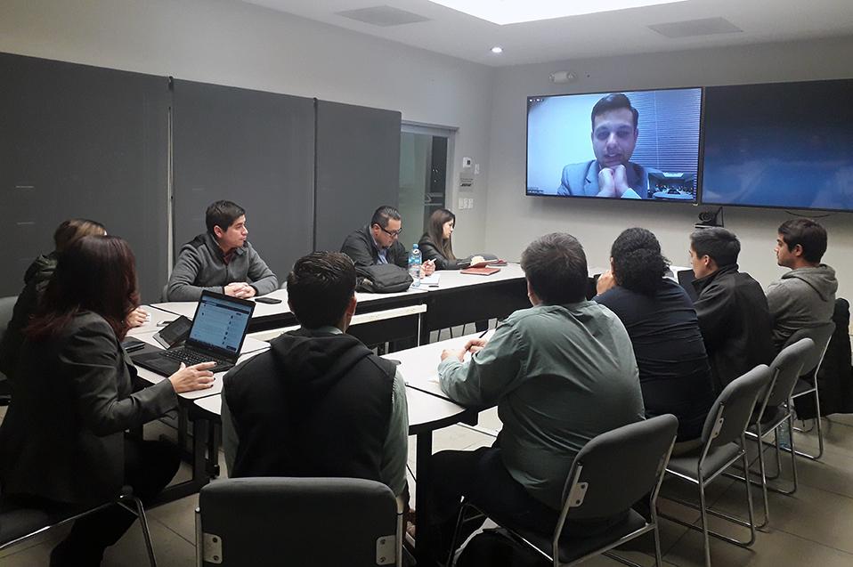 Expone colaborador del Banco Mundial a estudiantes Gerenciales de CETYS