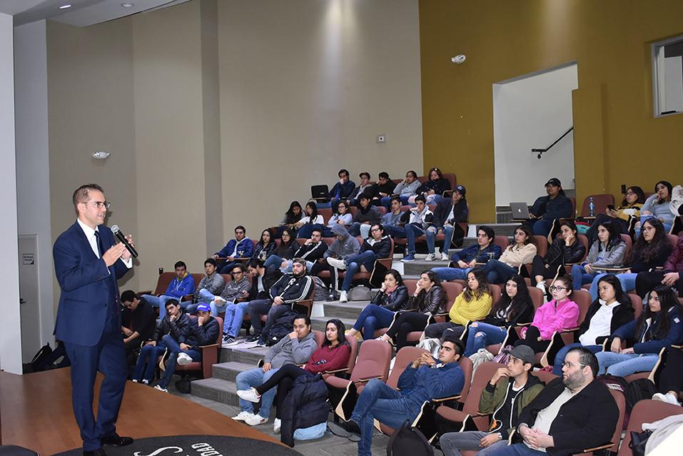 Fundamental la Asesoría Profesional en Emprendedores de México