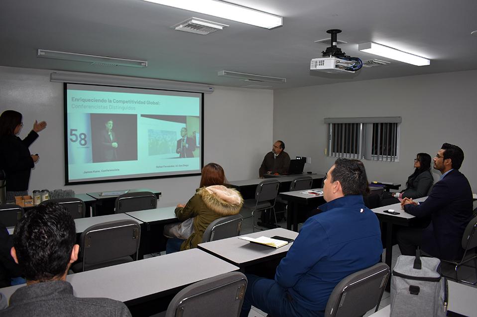 Nuevos profesores reciben curso de inducción docente