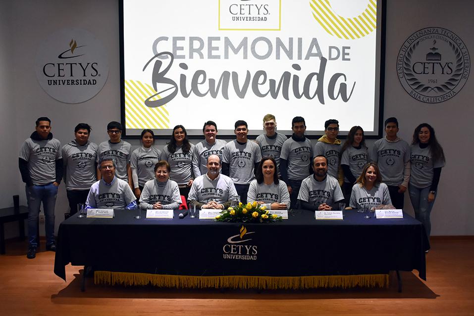 Dan bienvenida a nuevos estudiantes en CETYS Tijuana