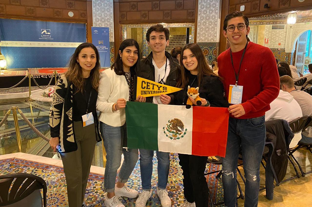 Jóvenes cachanillas representan a México en competencia internacional de debate