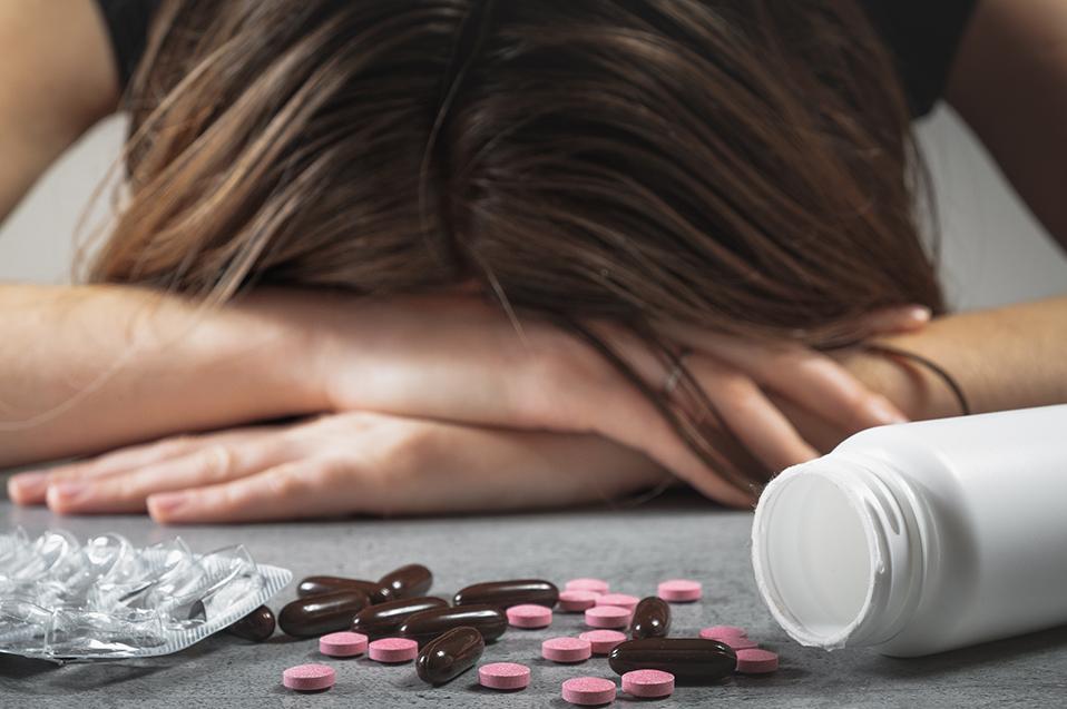 Una mirada crítica en el abordaje clínico de las adicciones
