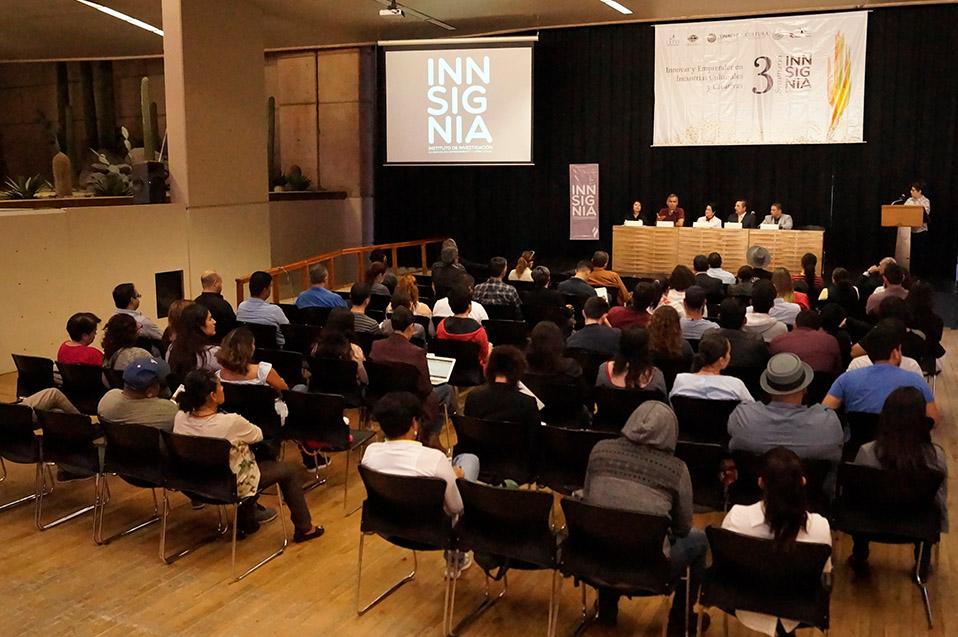 Seminario Instituto INNSIGNIA.