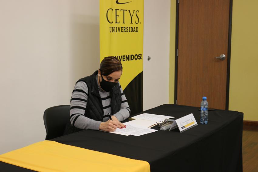Mtra. Jessica Ibarra Ramonet, Directora Zona Costa de CETYS Universidad.