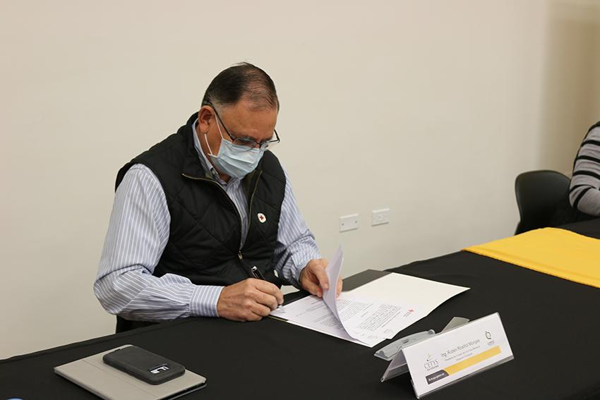 Ing. Rubén Rosiñol Monges, Presidente del Consejo de Cruz Roja Mexicana, Delegación Ensenada.