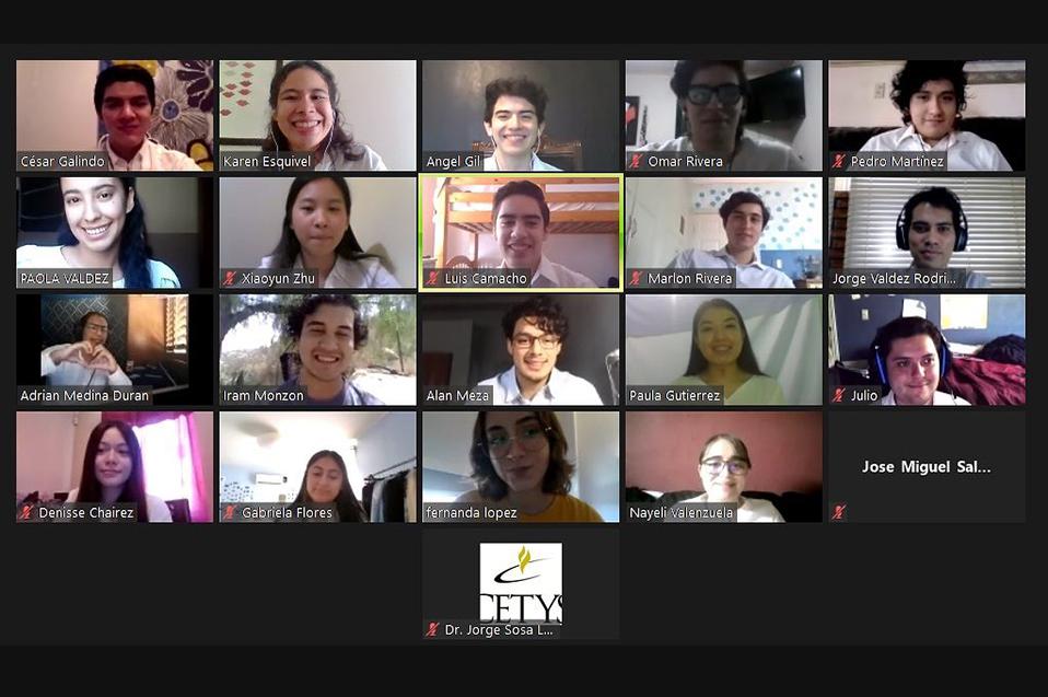 Con prototipo de aerotransporte urbano estudiantes mexicanos destacan en competencia internacional