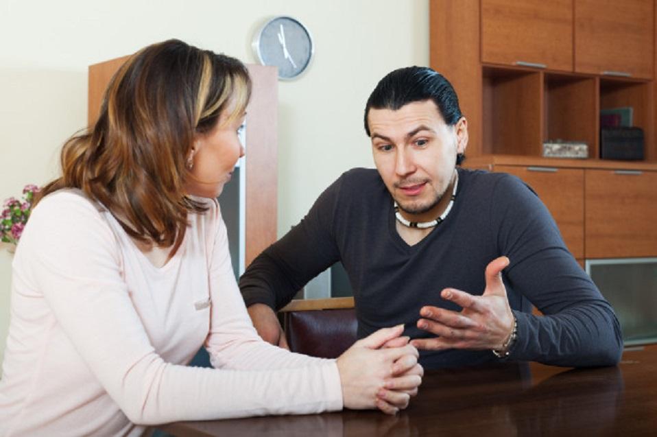 'Tengo algo que decirles': Aspectos a considerar antes de hablar sobre tu orientación e identidad sexual