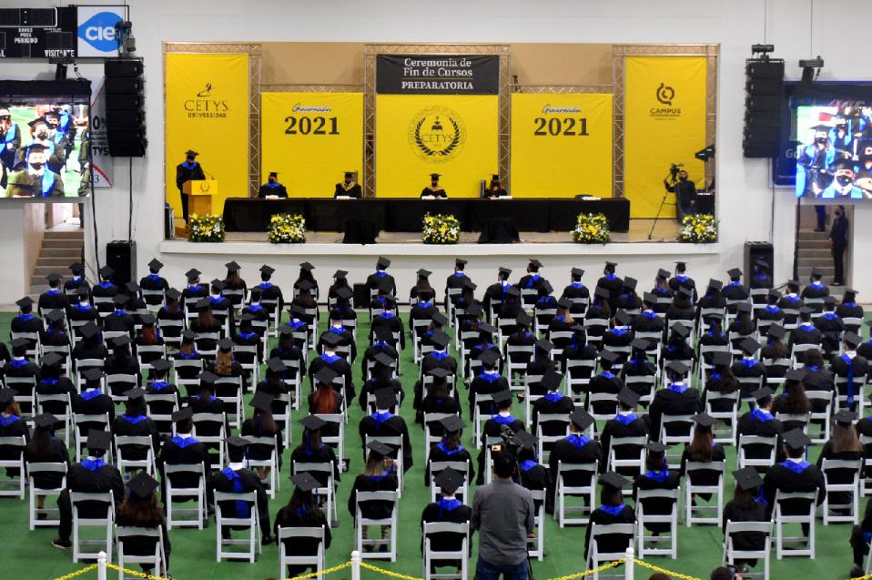 CETYS Ensenada celebra a sus egresados de las generaciones 2020 y 2021 con Ceremonias de Graduación y Fin de Cursos