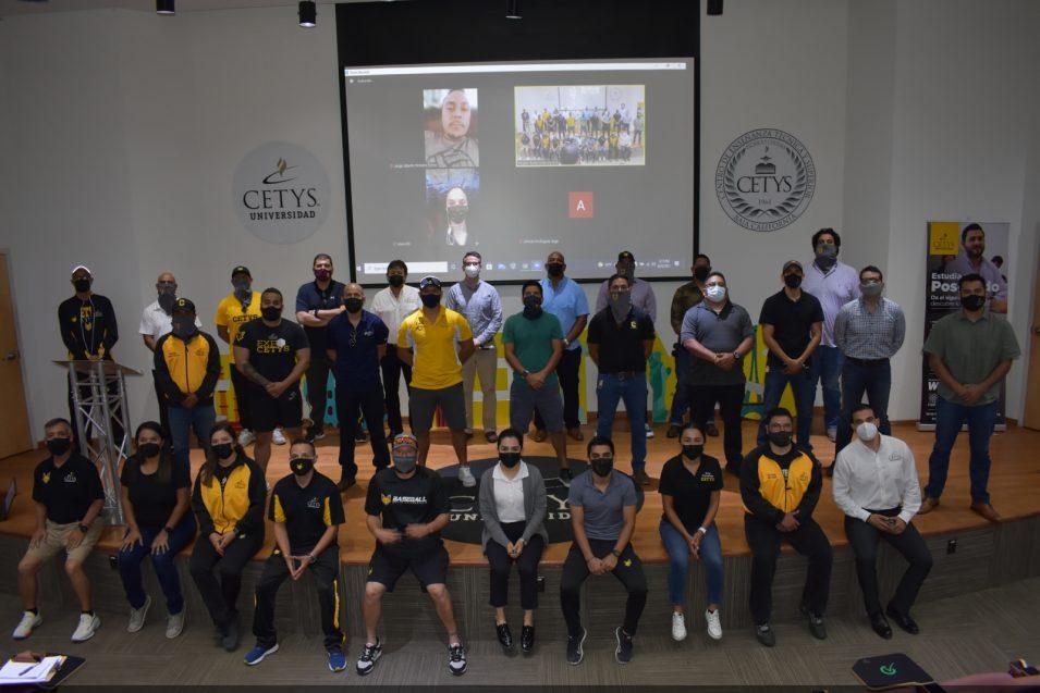 Entrenadores de Campus Tijuana se fortalecen por sus alumnos-atletas