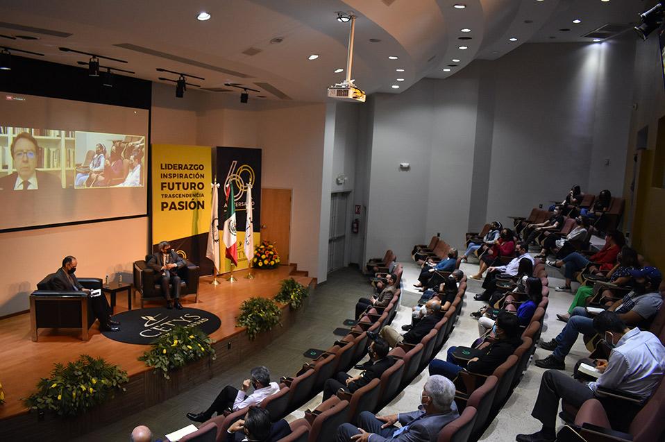 Discuten líderes educativos internacionales retos educativos en la postpandemia