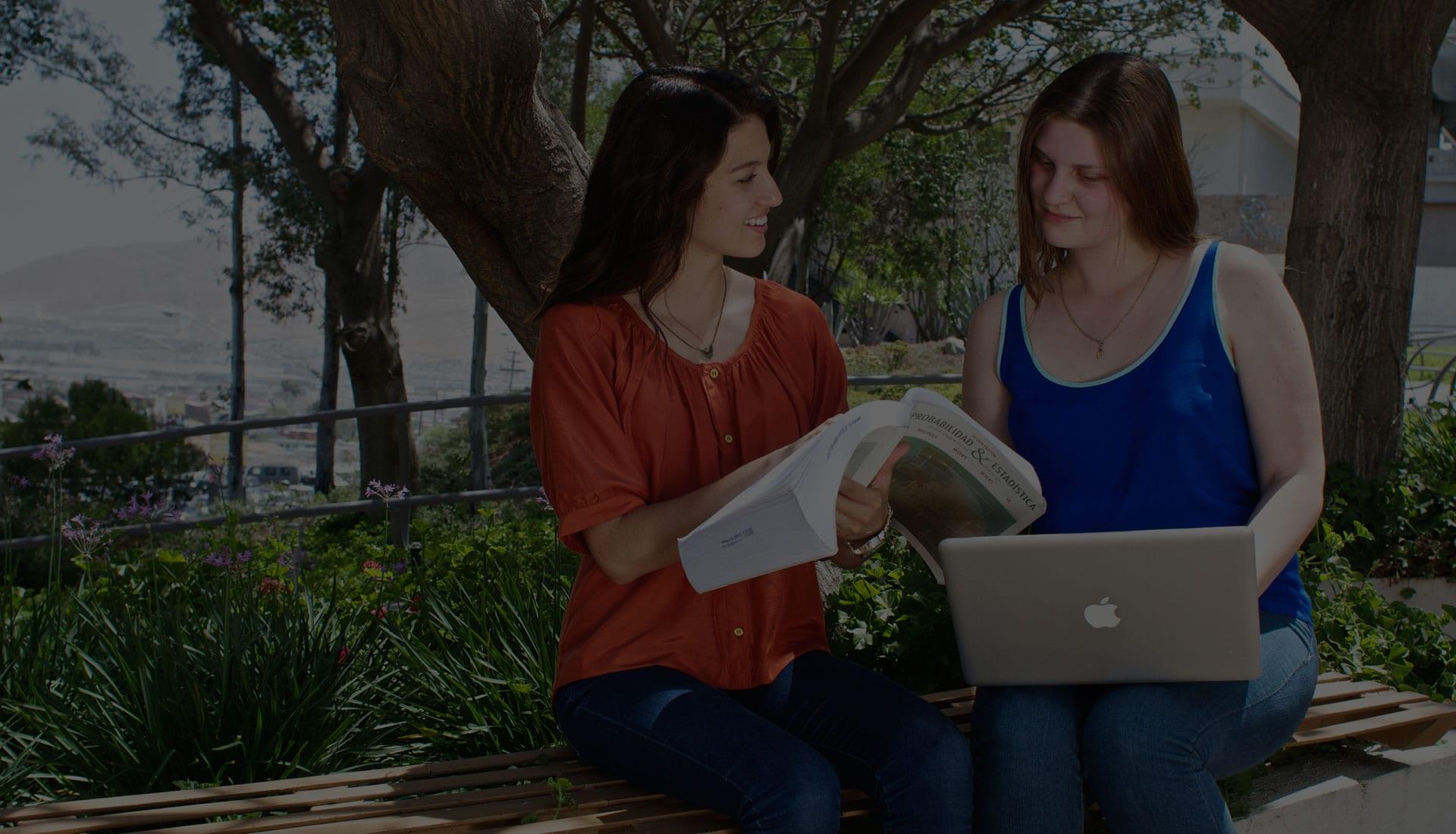 Alumnas de Licenciatura en Campus Tijuana