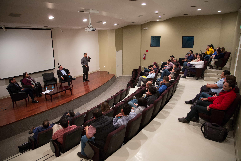 Panel de Estudiantes de Posgrado