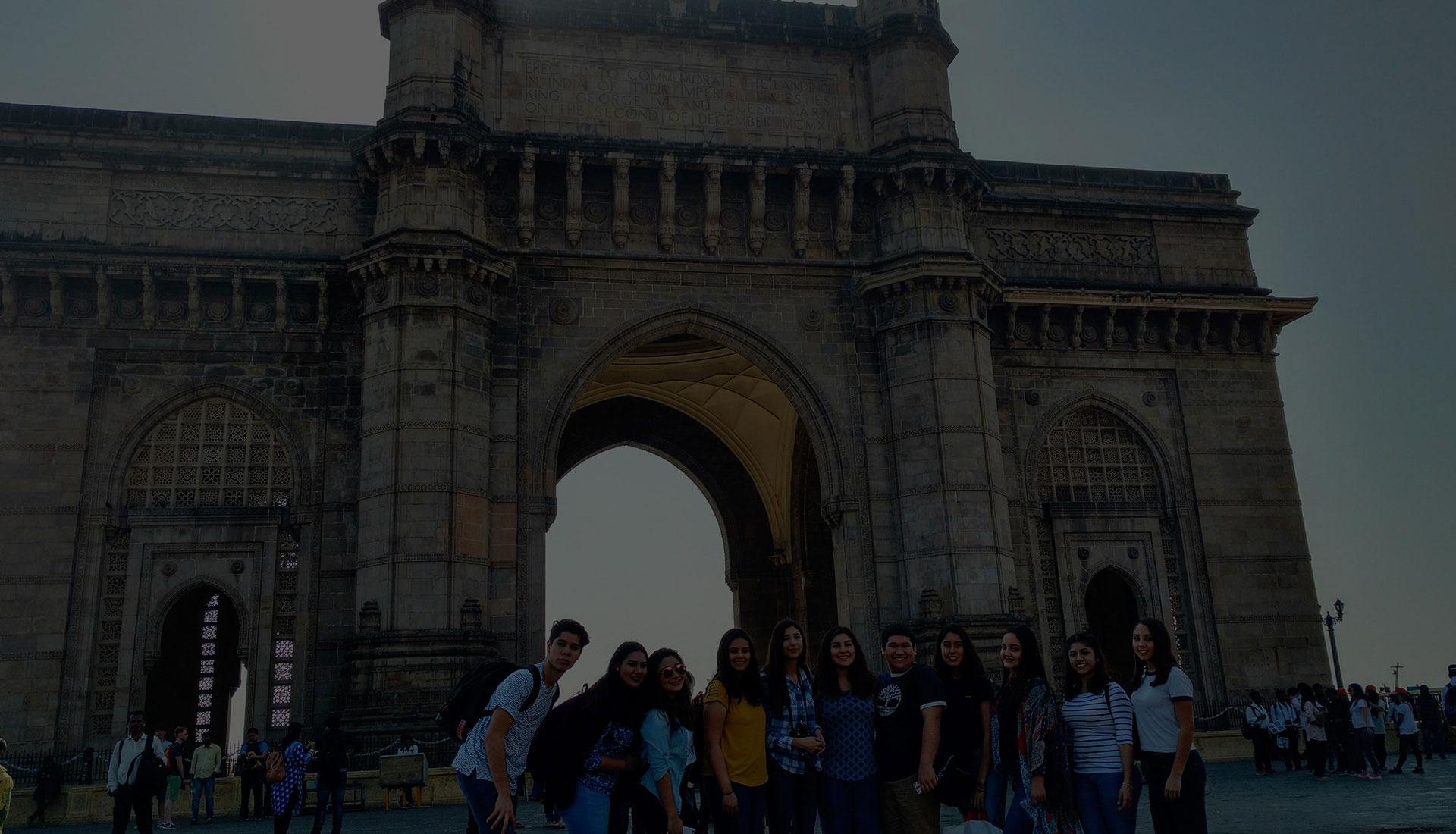 Estudiantes de Preparatoria en viaje de estudios internacional