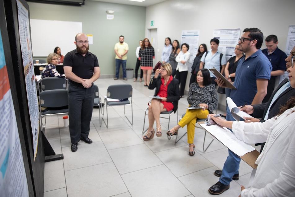 grupo de estudiantes de la Maestría en Neuropsicología